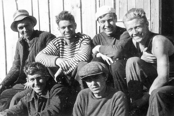 Сентябрь 1957 года. На целине. Поселок Курья (Алтай)