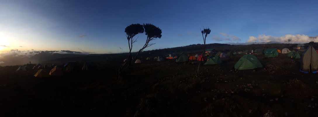 Abendstimmung in Lager II