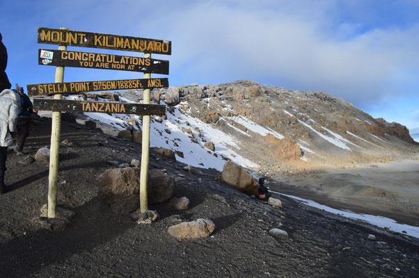 Der Stella Point, kurz unterhalb des Uhuru Peak