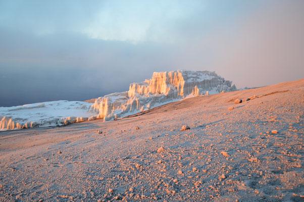 Die Eisschichten nehmen durch die Klimaerwärmung leider immer mehr ab