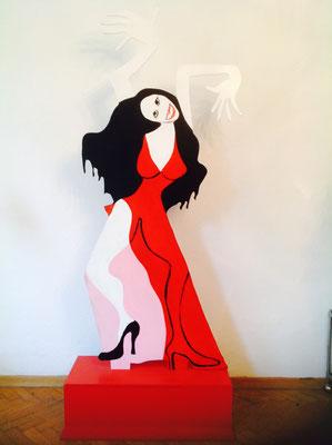 Frau mit rotem Kleid,2016,  Holz bemalt, 200 x ca. 50 x ca. 1 cm
