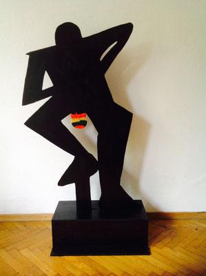 Mit Liebe gehäkelt, 2016 Holz bemalt, ca. 200 cm hoch