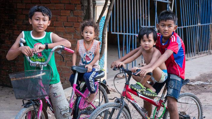 Indochina Memos 2015 - New Hope Cambodia #6 (Copyright Martin Schmidt, Fotograf für Schwarz-Weiß Fine-Art Architektur- und Landschaftsfotografie aus Nürnberg)