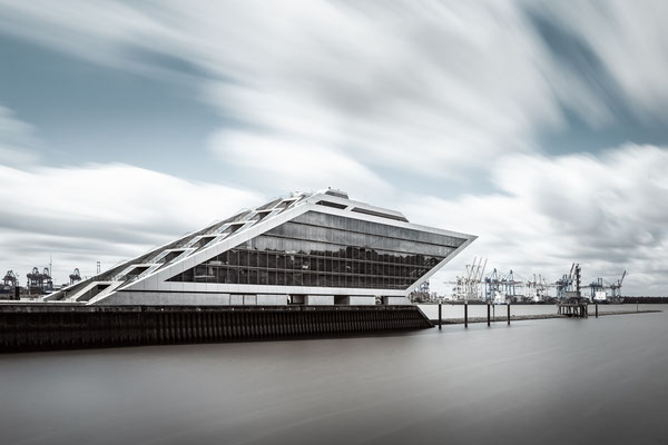 Docklands Hamburg :: Copyright Martin Schmidt, Fotograf für Schwarz-Weiß Fine-Art Architektur- und Landschaftsfotografie aus Trier
