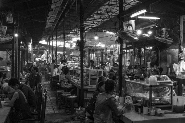 Indochina Memos 2015 - Phnom Penh #8 (Copyright Martin Schmidt, Fotograf für Schwarz-Weiß Fine-Art Architektur- und Landschaftsfotografie aus Nürnberg)