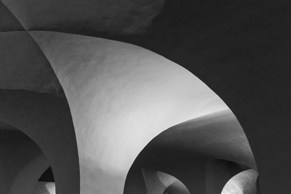 Trier Series - Krypta im Dom :: Copyright Martin Schmidt, Fotograf für Schwarz-Weiß Fine-Art Architektur- und Landschaftsfotografie aus Trier