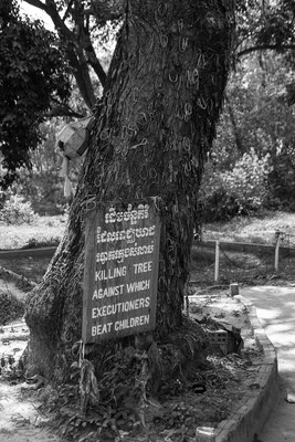 Indochina Memos 2015 - Killing Fields Kambodscha #2 (Copyright Martin Schmidt, Fotograf für Schwarz-Weiß Fine-Art Architektur- und Landschaftsfotografie aus Nürnberg)
