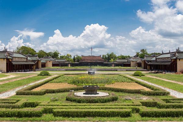 Indochina Memos 2015 - Hue #16 (Copyright Martin Schmidt, Fotograf für Schwarz-Weiß Fine-Art Architektur- und Landschaftsfotografie aus Nürnberg)