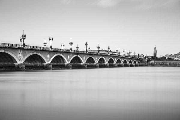 Experiencing Bordeaux - once more: Pont de Pierre :: Copyright Martin Schmidt, Fotograf für Schwarz-Weiß Fine-Art Architektur- und Landschaftsfotografie aus Trier