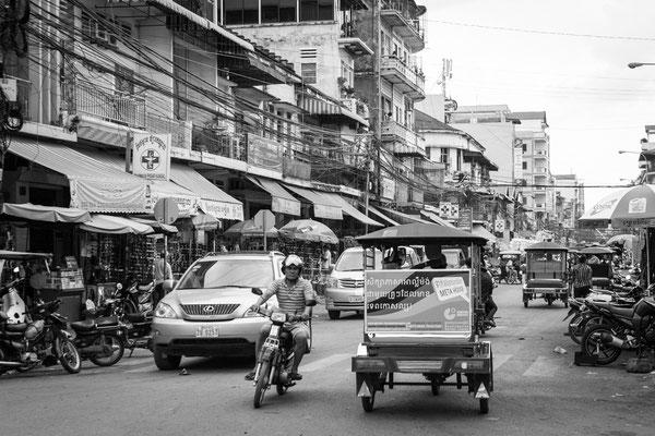 Indochina Memos 2015 - Phnom Penh #12 (Copyright Martin Schmidt, Fotograf für Schwarz-Weiß Fine-Art Architektur- und Landschaftsfotografie aus Nürnberg)