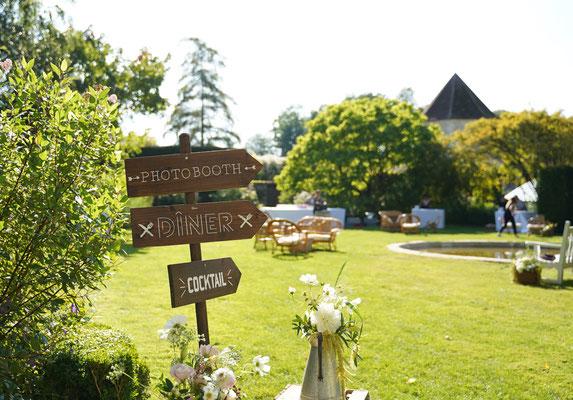 Décoration florale pastelle et vintage mariage en extérieur