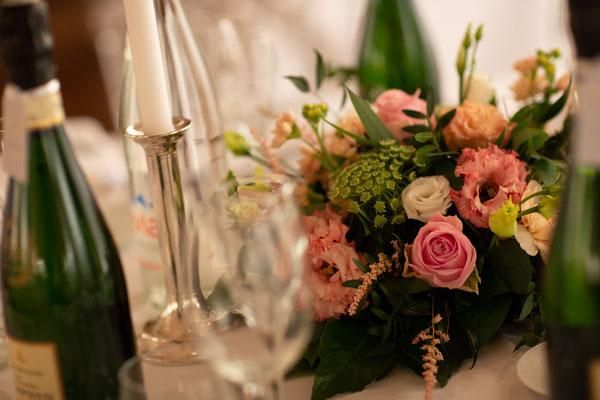 Décoration florale tables mariage en Champagne