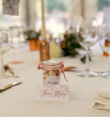 Cadeau invités mariage et marque-place mariage