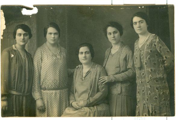 1930 FOTO DI FAMIGLIA2