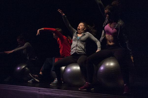 Schluckreiz in paradise / Armada Theater / Foto by ©Svenja Jöres