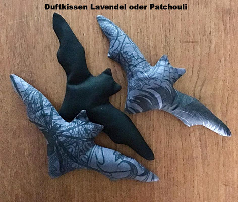 duftende Batty (Lavendel oder Patchouli)