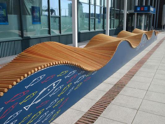 Nautilus HPL WellenDeck aus Holz, Stahl und HPL