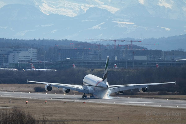 Touchdown A380 of Emirates Zurich Airport