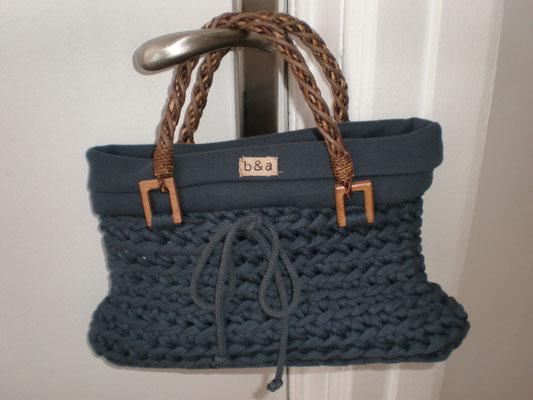 sac tricoté avec bord côte tissu