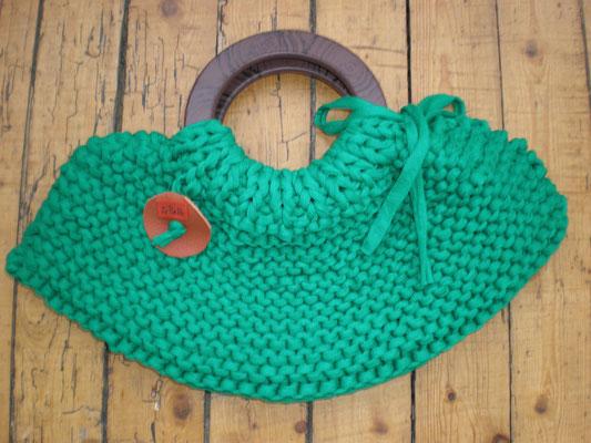 Sac tricoté au point mousse en coton recyclé