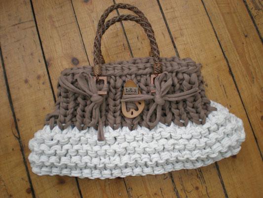 Sac tricoté point mousse et côtes en coton recyclé