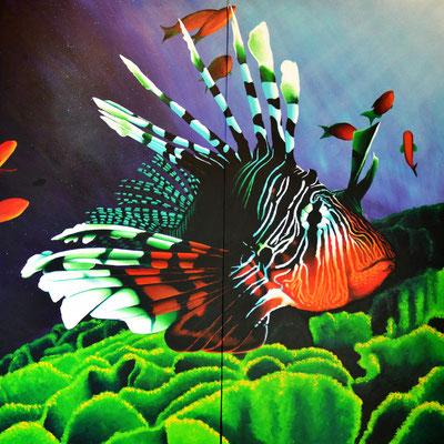 Red Lionfish (2016, Acryl und Sprühlack auf Leinwand, 200x200cm) Auftragsarbeit