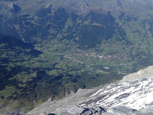 Blick von der Mittelegihütte nach Grindelwald
