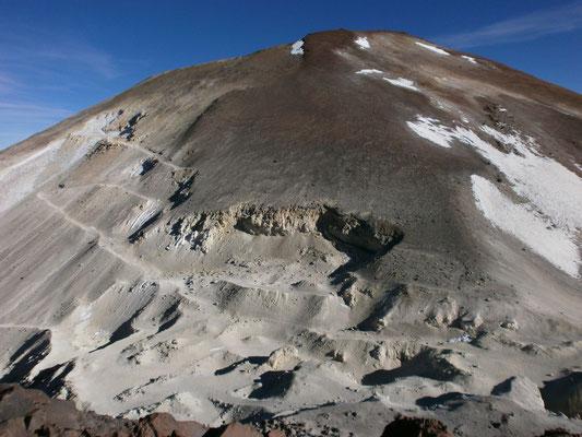 Volcán Saciel ca. 5700m