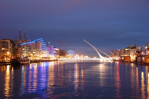 Liffey_Dusk_Reflections