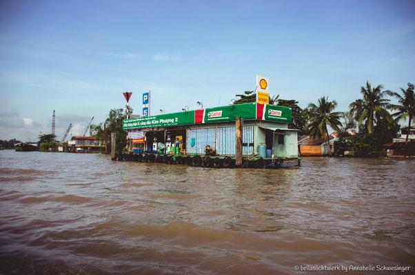 the swimming market of Cai Rang