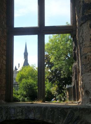 Andernach, Blick durch die Alte Stadtmauer