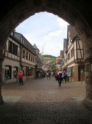 Ahrweiler, durch das Ahrtor