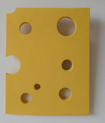 Wooden object no. 4 (Käseplatte), 2021, 30x 37.5 cmx 2cm suspension, colour paint on pine wood shape