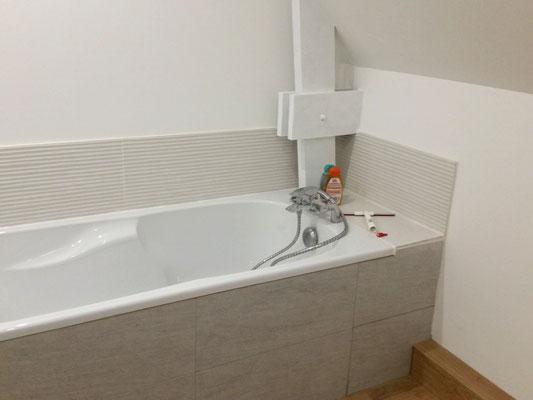 pose et carrelage d'une baignoire