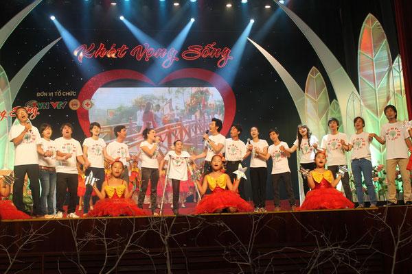 Vì một thế giới đẹp tươi @ Opera House in Ho Chi Minh City
