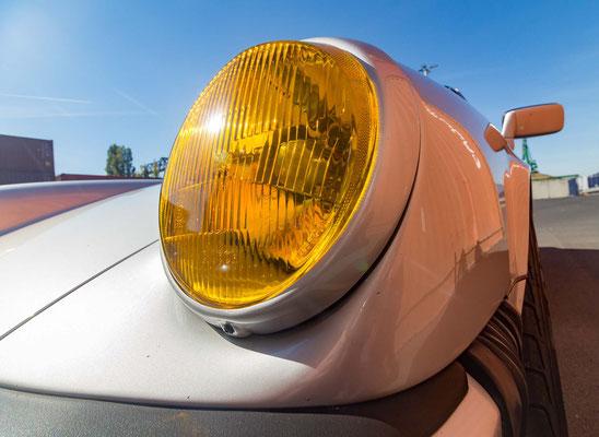 Scheinwerfer Porsche 911 in Nahaufnahme