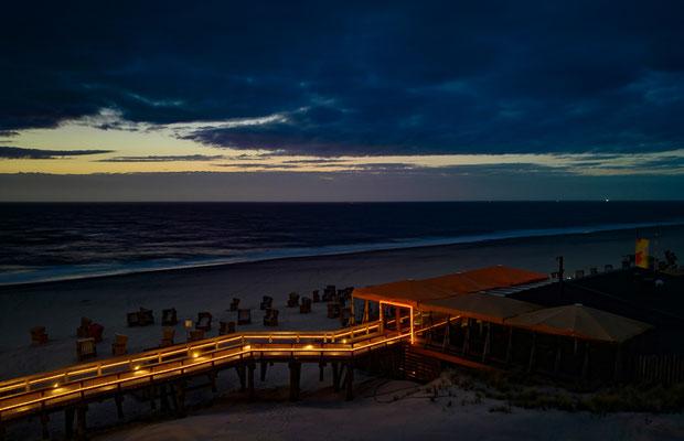 Langzeitbelichtung vom Strand mit dem Honor 8 und einem Stativ