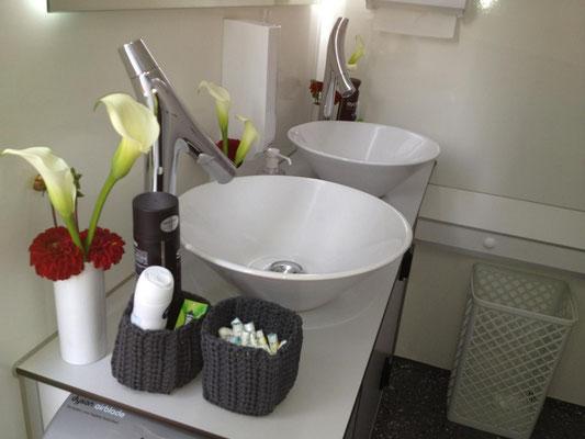 VIP Toilettenwagen