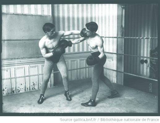 Entraînement de Boxe en 1913 ©Gallica