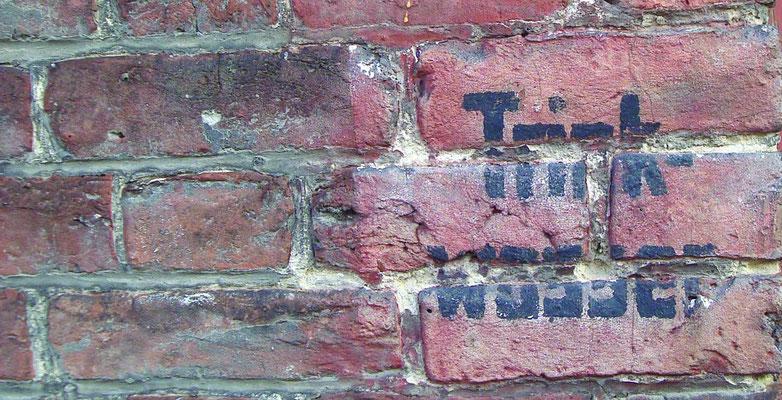 """Inscription """"Trink Wasser"""" signifiant que l'eau était potable à cet endroit"""