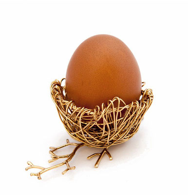 "Egg cup ""Coucou"" - 1998 Plaited brass wires"