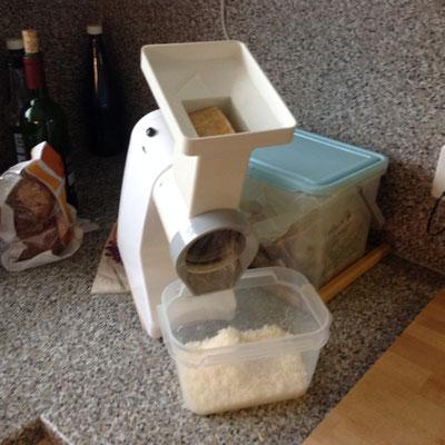 Reibkäse Parmesan zubereitet