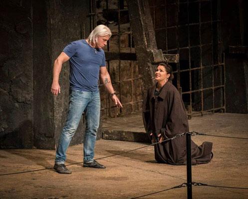 Verdi : Il Trovatore at Metropolitan Opera 2015