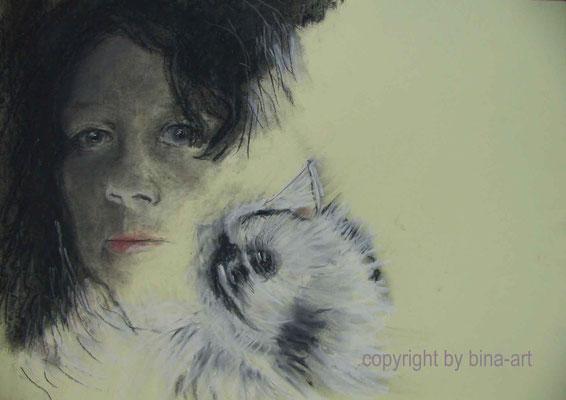 Bina mit Katze - Softpastell und Kohle auf Papier 40 x 30 cm