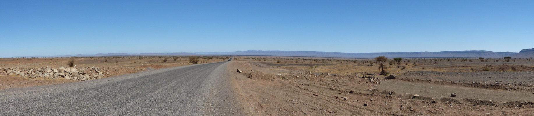 Paysage entre Mhamid et  Agdz