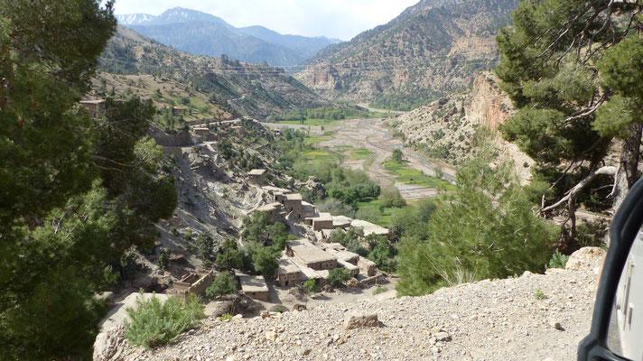 Village berbère sur la route du retour