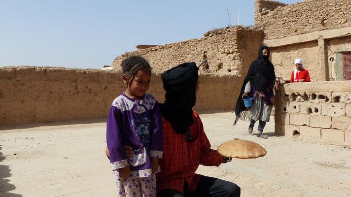 Youssef a conquis une petite fille