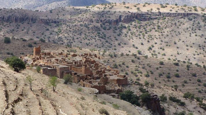 Vieux village, qui semble abandonné
