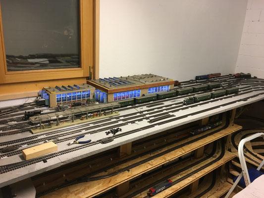 Stand Sommer 2017 (Haupfbahnhof Gleise fertig verlegt, und manueller Fahrbetrieb)