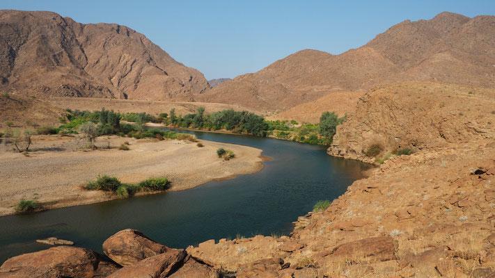 La Kunene au bout de la vallée de Marienfluss ; Namibie